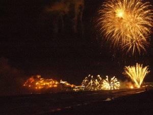 castillo fuegos en fiestas de Peñíscola