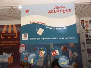 Colgante promocional de los libros acuáticos
