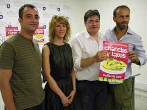 Rafael Suescun, presenta chanclas y tapas-2009