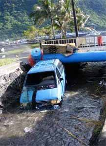 devastación por el tsunami en Samoa, septiembre 2009