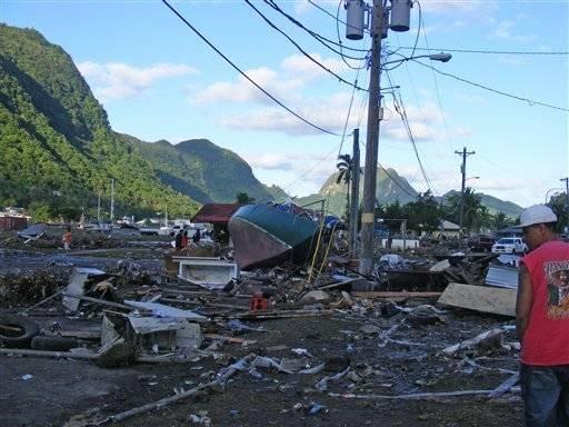 devastación por el tsunami en Samoa 2009