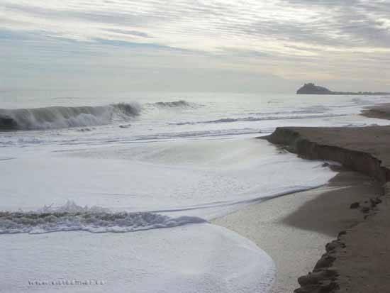 erosión en la playa norte  de Peñíscola