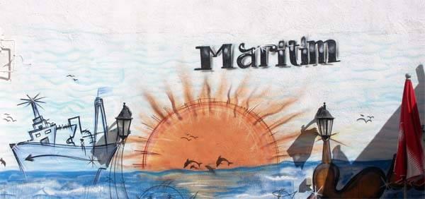 Café-Bar Maritim, Benicarló - dibujo marinero en la terraza