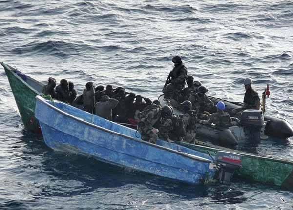 piratas somalíes arrestados
