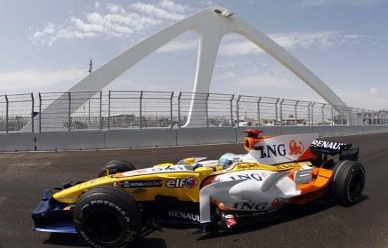 Renault de Fernando Alonso en Valencia