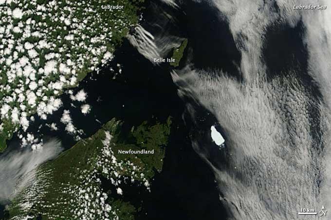 iceberg Petermann-A (PII-A) cerca de Newfoundland, Canadá