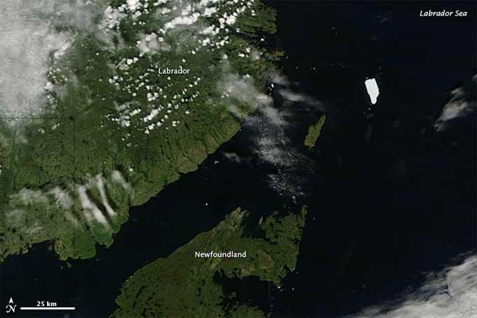 isla de hielo Petermann (PII-A) cerca del Labrador (Canadá)