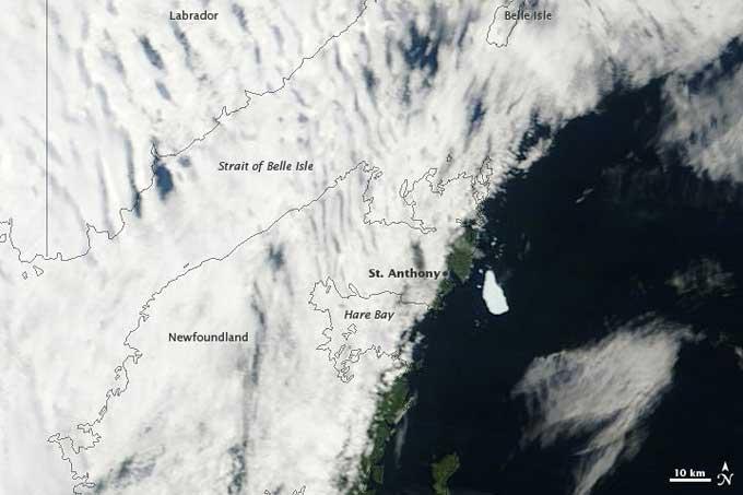 Isla de hielo Petermann, en la costa de Newfoundland, 14-08-2011
