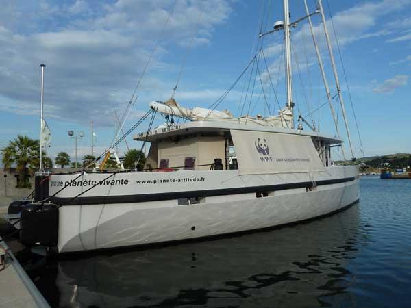 embarcación científica WWF Columbus