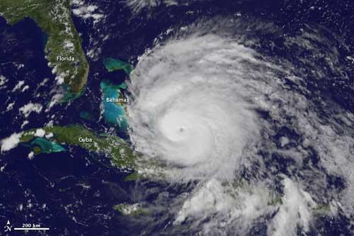 huracán Iirene, imagen de satélite 24 de agosto 2011