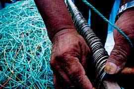 anzuelos para una línea de pesca