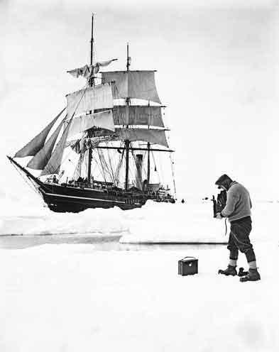 Herbert Ponting fotografía al Terra Nova