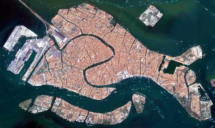Venecia desde el espacio por el satélite Ikonos-2