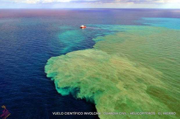 BIO Sarmiento de Gamboa sobre la mancha eruptiva de El Hierro
