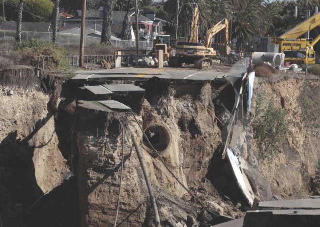 carretera derrumbada en California
