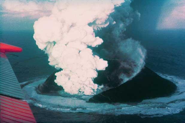 erupción isla de Surtsey 1964