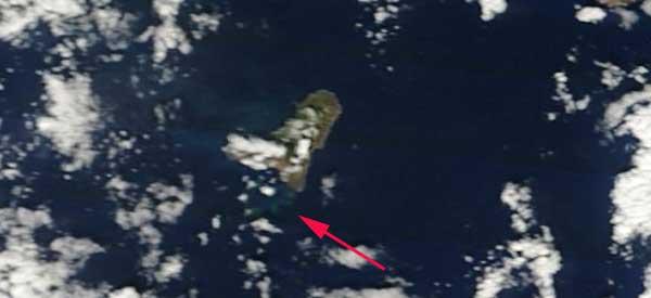 mancha erupción El Hierro, satélite Terra, 23-11-2011