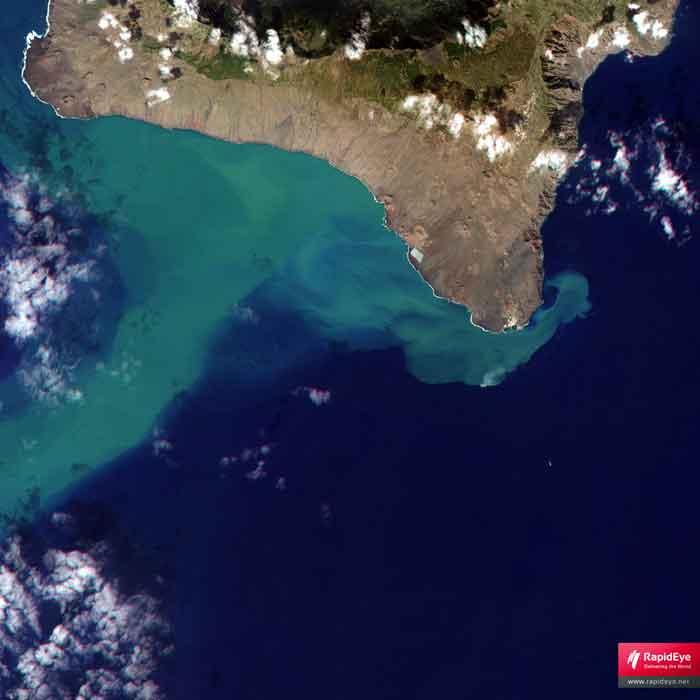 mancha erupción  de El Hierro satélite RapidEye, 13-11-2011