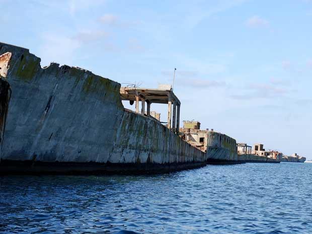 barcos de hormigón varados