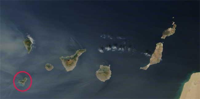 mancha erupción El Hierro, satélite Terra 02-12-2011