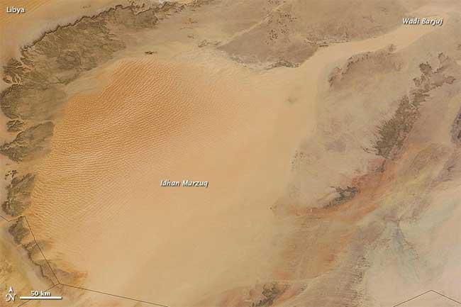 mar de arena Idhan Murzuq en Libia