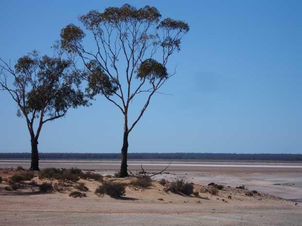 Lago Dundas, Australia