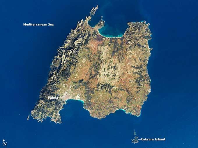 Isla de  Mallorca desde el espacio