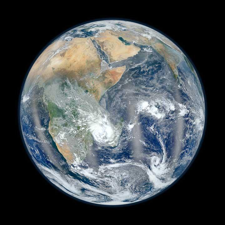NASA Blue Marble 2012, lado oriental