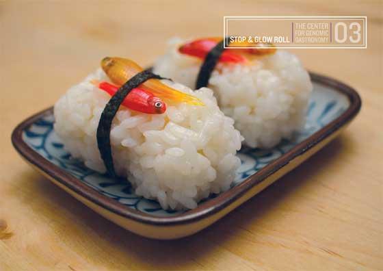 sushi con peces enteros