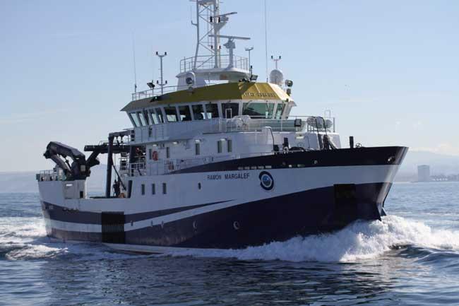 buque oceanográfico Ramón Margalef en El Hierro