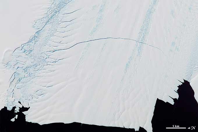grieta del glaciar Pine Island, Antártida - imagen satélite