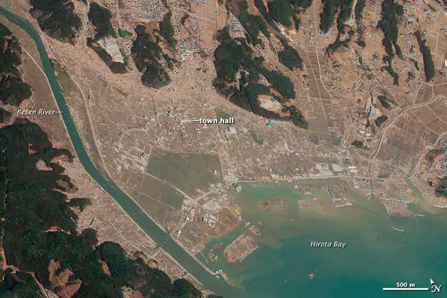 tsunami en Rrikuzentakata imageb satélite