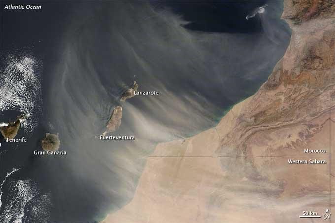polvo del Sahara sobre las islas Canarias