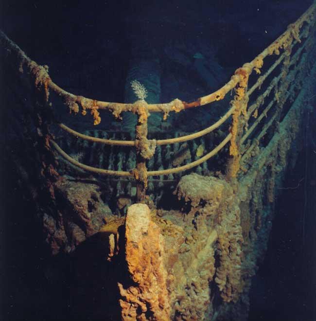 proa sumergida del RMS Titanic