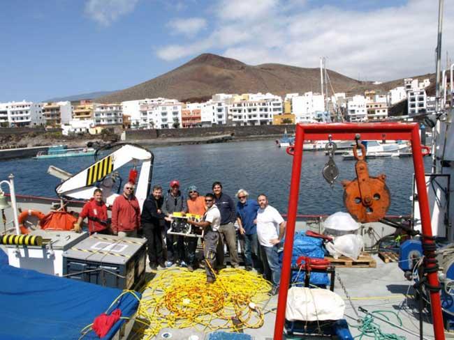 ROV del B.O. Atlantic Explorer e investigadores de la ULPGC