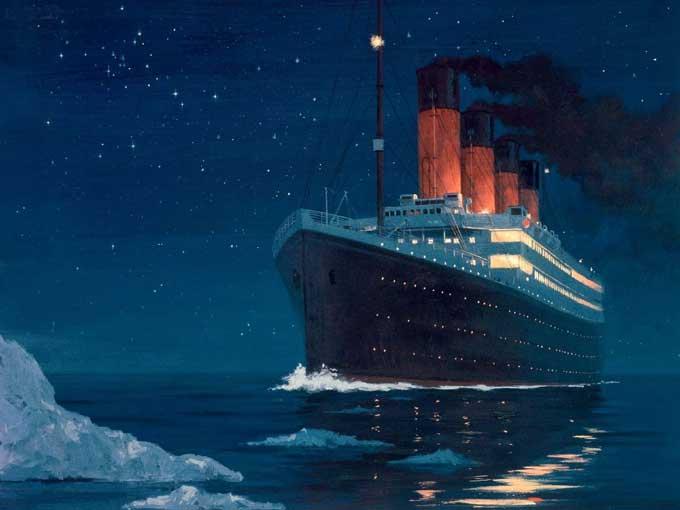 el Titanic se acerca al iceberg