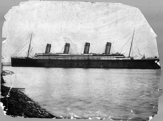 El Titanic poco antes de su viaje inaugural