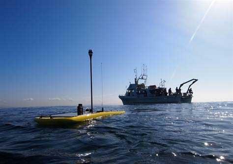 wave glider, robot planeador de olas