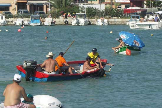 bous a la mar, Benicarló - vaquilla paseo por el puerto