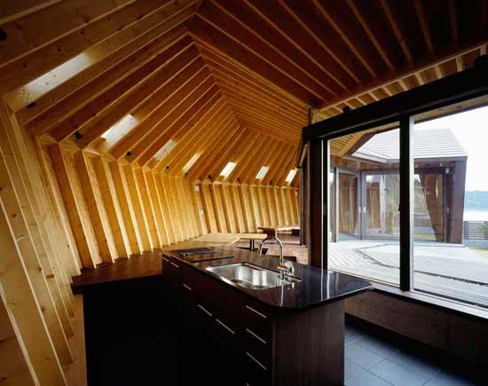 casa concha en la orilla del mar, Chiba, Japón - cocina