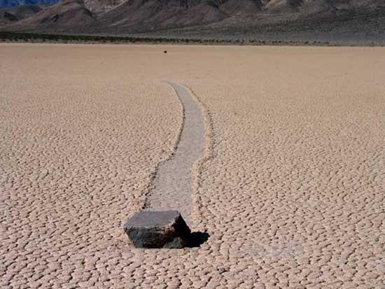 roca andante en Racetrack Playa
