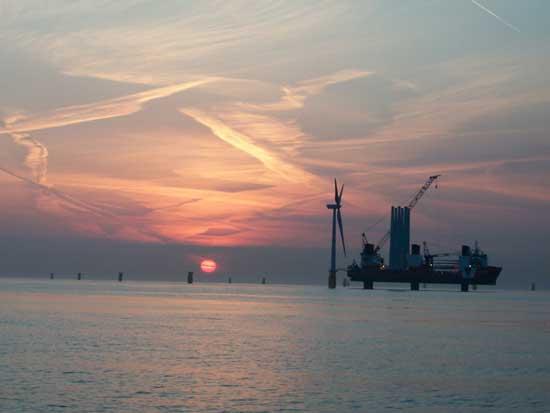 consrucción del parque eólico marino Thanet Offshore Wind Farm