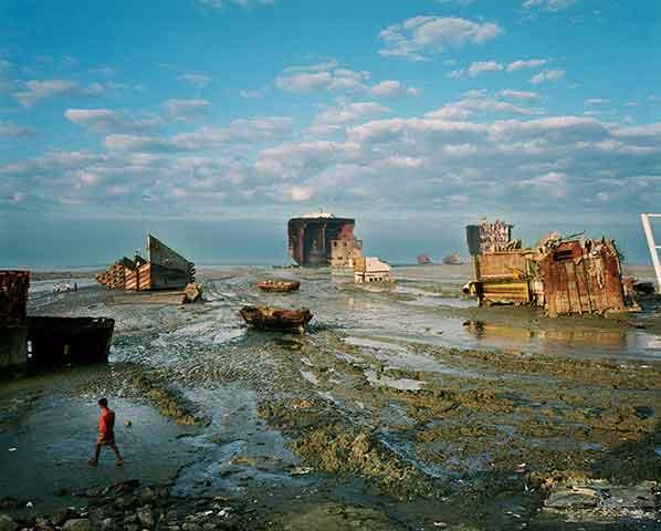 Astillero de desguace de buques en Chittagong, Bangladesh