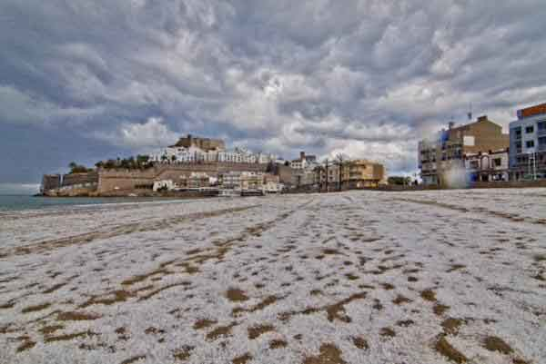 granizada en la playa norte de Peñíscola, 20 de mayo 2012