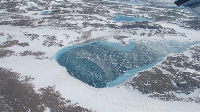 estanque de agua dulce en Groenlandia