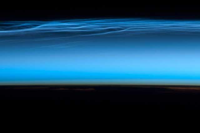 nubes polares mesosféricas desde la ISS