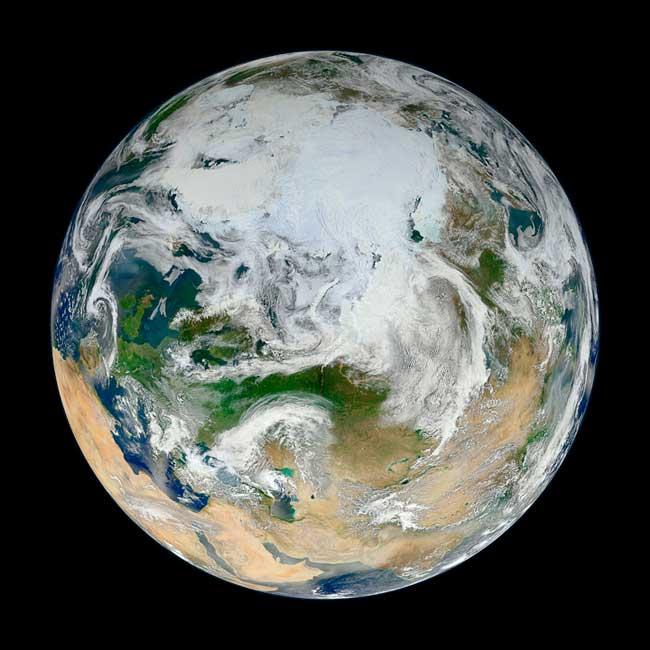 la Tierra vista desde el Polo Norte por el Suomi NPP