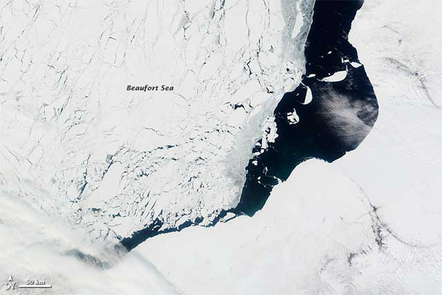hielo marino en el mar de Beaufort, mayo de 2012