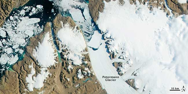 nacimiento de un iceberg en el glaciar Petermann, 17 de julio 2012