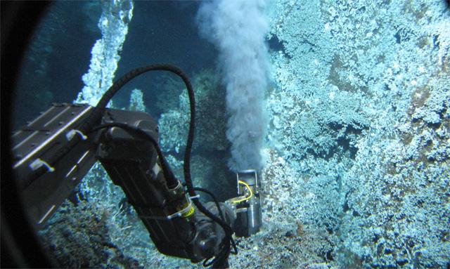 investigación de microbios de metano en chimenas hidrotermales